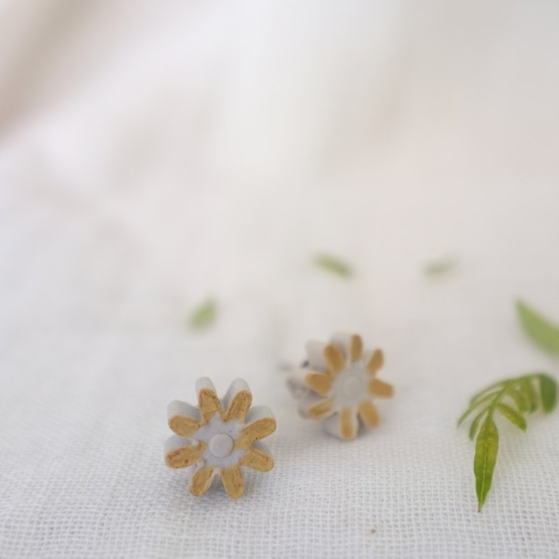 handmade ceramic earrings -   Mustard Flower