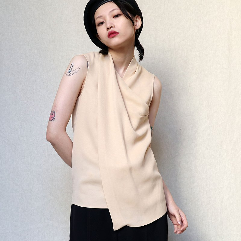 Pumpkin Vintage. Cédric Charlier beige draped sleeveless tank top