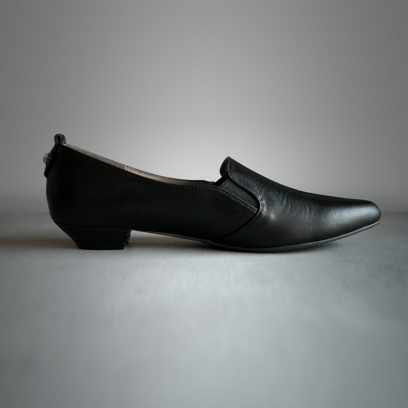 WL Black (Pure Black) Full Leather Heeled Loafers