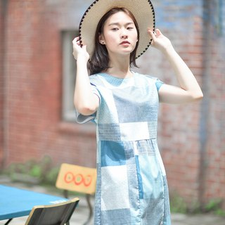 Mu Yun: Geometric figure sleeved dress