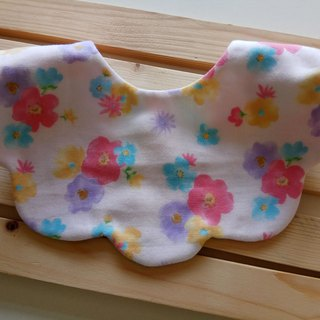 Japanese cotton gauze flowers cotton yarn cloud-shaped bibs moon gift baby bib