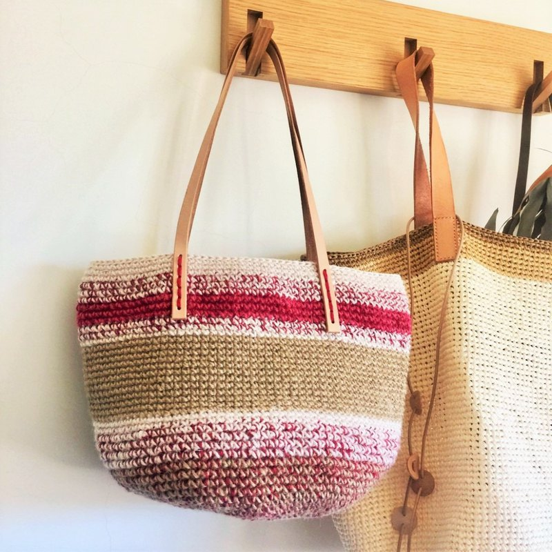 Natural Shoulder Tote Bag-Gradual Cranberry