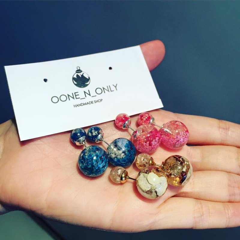 Oone_n_Only Handmade pressed flower earrings (multi-color)