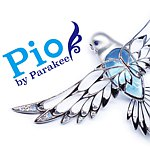 Designer Brands - Pio by Parakee